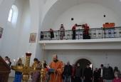 Пасхальная Литургия в новом храме Донской Иконы Божией Матери