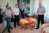 Константин Маркелов вручил портфели воспитанникам школы-интерната