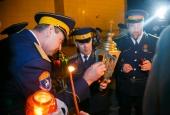 Благодатный огонь из Иерусалима отправился во все уголки Астраханской области