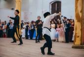70 юных пар закружились в танце на кадетском балу