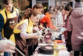 Астраханский госуниверситет празднует широкую Масленицу