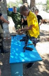 Казаки соревновались в военно-спортивном троеборье