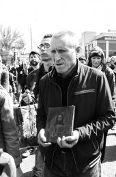 Казаки доставили Благодатный огонь для астраханцев и приняли участие в общегородском Крестном ходе