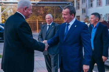 Сергей Морозов прибыл с визитом в АГУ