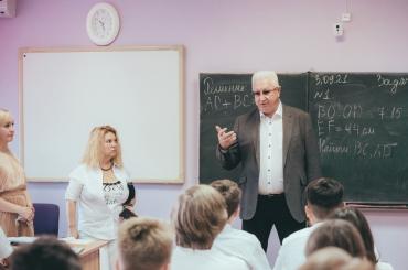 АГУ открыл инженерный класс в астраханской школе